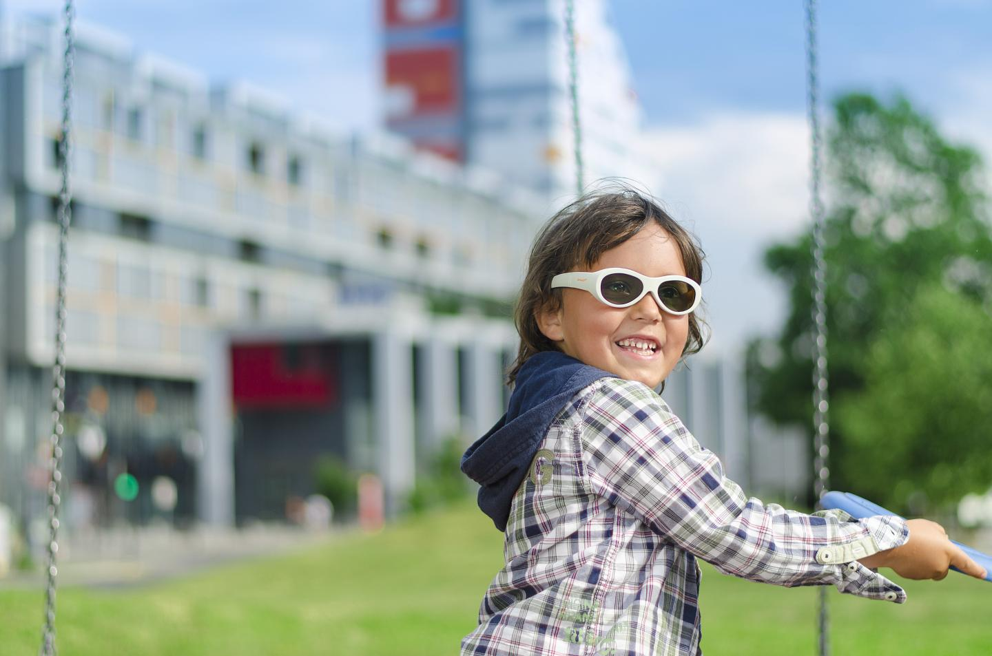 First study of its kind illustrates myopia prevalence in Canadian children