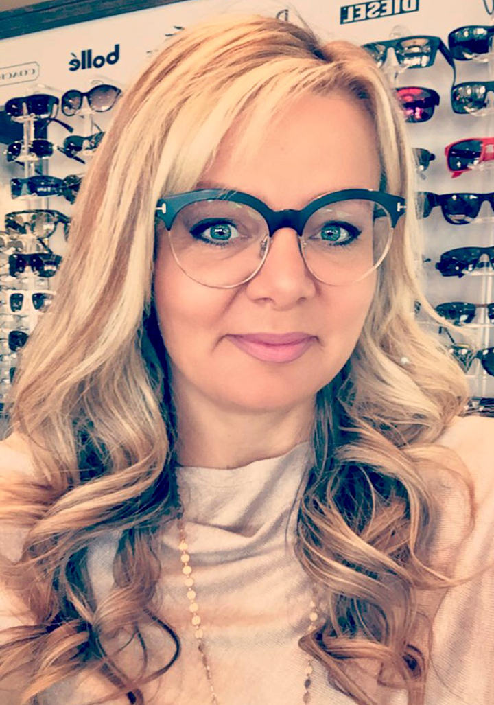 FRAMED: iDesigns Optical helps people see while looking great