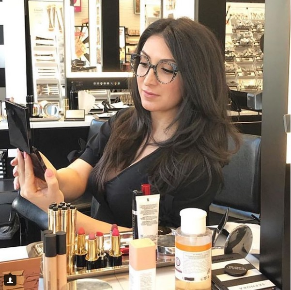 Vision Expo partners with Sephora and Influencer @GlamOptometrist