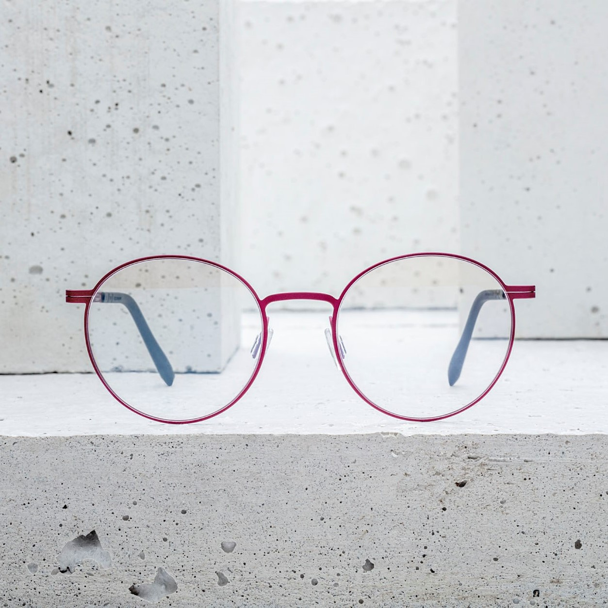 Sunny frames